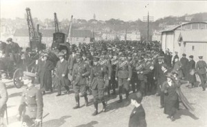 Guernseymen departing for the 16th Irish Regiment. White Rock, St. Peter Port Harbour, 1915