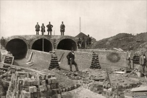 Constructing London's Sewage System