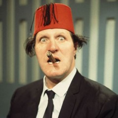 The Late Great Tommy Cooper – One liners