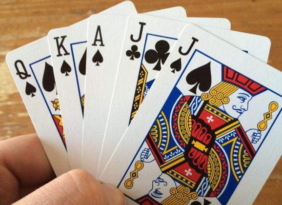 Euchre – Guernsey's Card Game