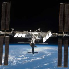 How do Astronauts wash in space?